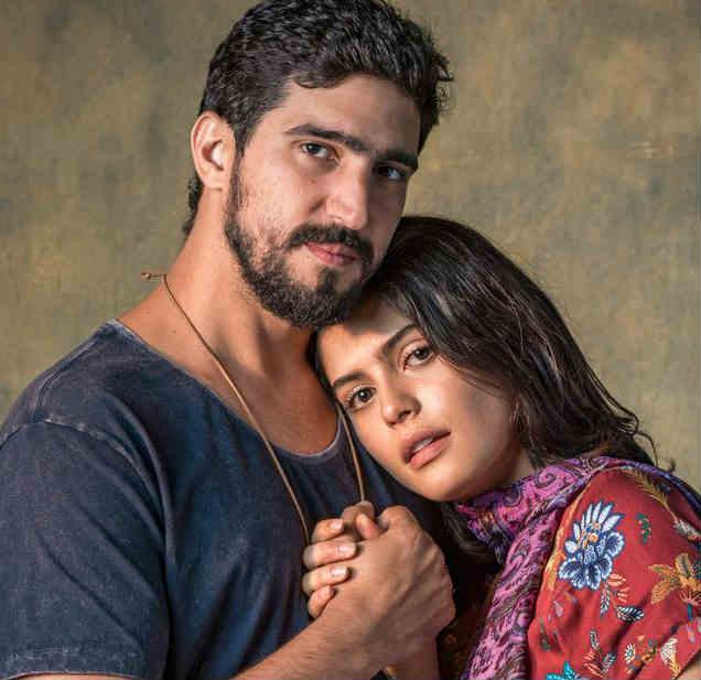 """Novela """"Órfãos da Terra"""": Jamil e Laila ficam trancados dentro de sala"""